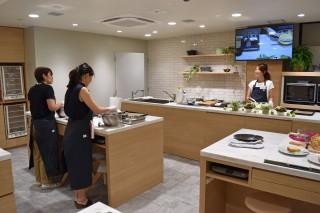 生活情報誌『オレンジページ』初の常設料理教室「コトラボ」